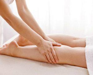 massaggio decontratturante gamba